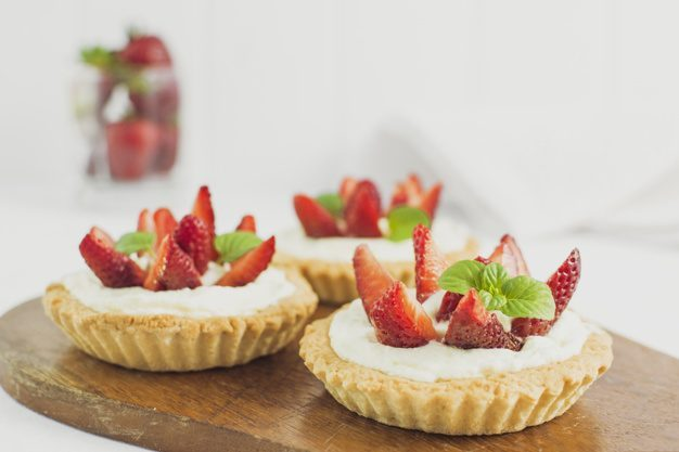 delicious-strawberry-tart_23-2147984184.jpg